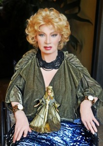 Holly Woodlawn 02